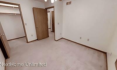 Bedroom, 428 S Washington St, 2