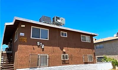 Building, 512 North Cir 3, 1