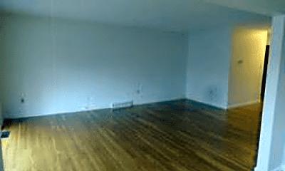 Living Room, 19 Kippy Dr, 2