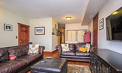 Living Room, 2928 N Hoyne Ave 2, 1