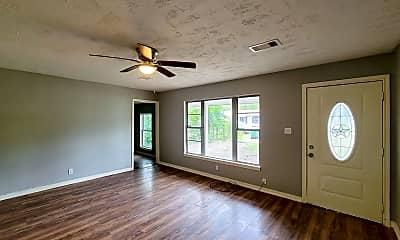 Living Room, 4914 Higgins St, 1