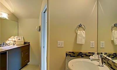 Bathroom, 4351 8th Ave NE, 2