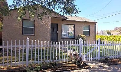 Building, 3896 Ampudia St, 0