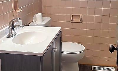 Bathroom, 472 E Carl St, 2
