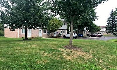 Nantucket Circle Apartments, 2