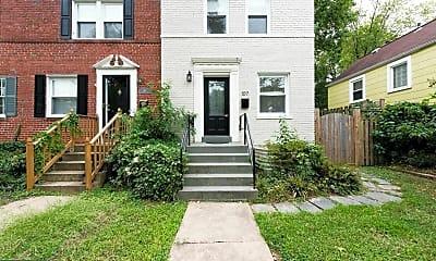 Building, 107 E Linden St, 0