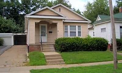 Building, 318 W Calhoun St, 0