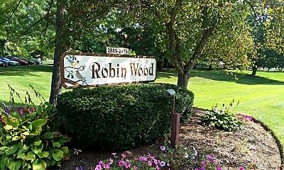 Robinwood Apartments, 1