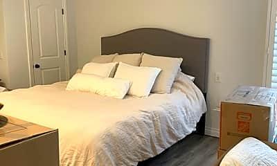 Bedroom, 30 Driftwood St 4, 2