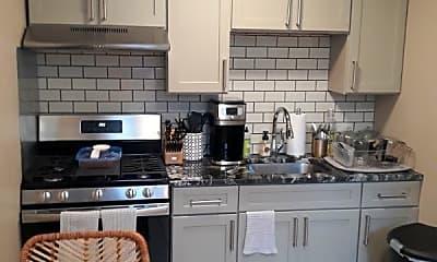 Kitchen, 1627 Wolf St, 0
