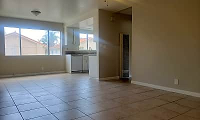 Living Room, 322 W 9th St, 0