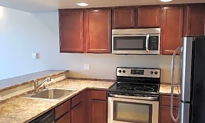 Kitchen, 950 Lincoln St, 0