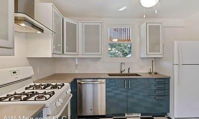 Kitchen, 616 Mississippi Ave, 1