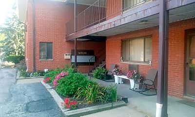 Willo Vu Apartments of Eastlake, 2