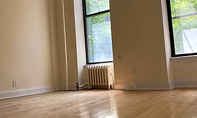 Living Room, 339 E 82nd St 2-A, 0
