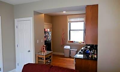Kitchen, 905 W Cornelia Ave, 1