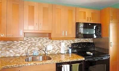 Kitchen, 3010 N Course Dr 810, 1