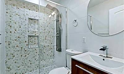 Bathroom, 170 Monroe St 3, 1