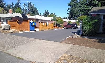 Glendoveer Village, 1