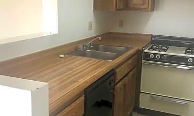 Kitchen, 21100 Santa Maria Dr, 2