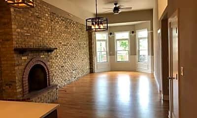 Living Room, 2723 N Halsted St, 1