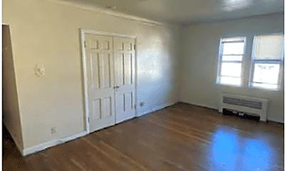 Living Room, 2824 E 130th St, 1