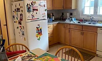 Kitchen, 198 5th St, 2