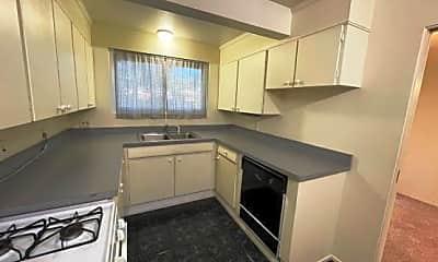 Kitchen, 6660 Dartmoor Road W, 1