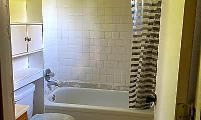 Bathroom, 4308 Howell Ave, 1