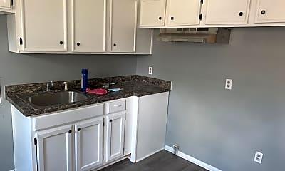 Kitchen, 2127 Grandy Ave, 0