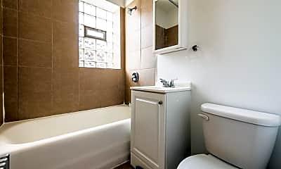 Bathroom, 8057 S Laflin St, 2