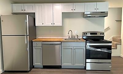 Kitchen, 2922 E 35th Ave, 0