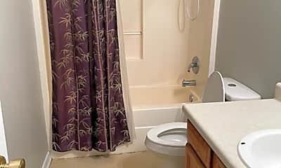 Bathroom, 4510 Cliff Cove, 2
