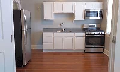 Kitchen, 5162 Montgomery Rd, 1