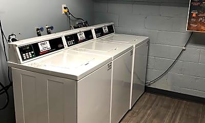 Kitchen, 1009 Chillum Rd 101, 2
