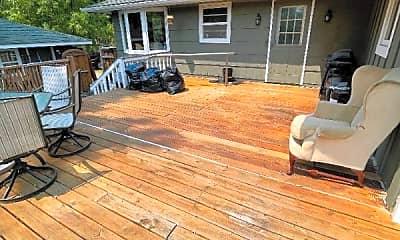 Patio / Deck, 5252 Crestwood Dr, 1