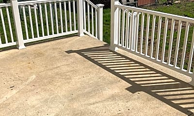 Patio / Deck, 503 S Parke St, 2