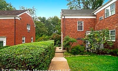 Building, 1328 Martha Custis Drive, 1