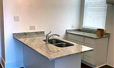 Kitchen, 2271 N Derbigny St, 2