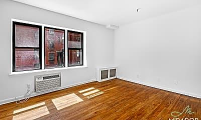 Living Room, 1435 York Ave 3G, 1