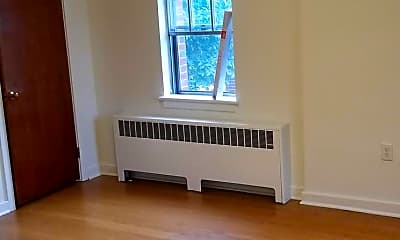 Living Room, 3111 Penbrook Ave, 1