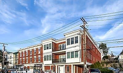 Building, 12 N Astor St, 1