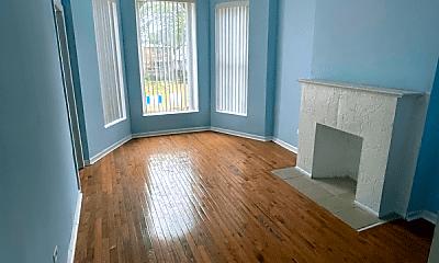 Living Room, 735 W 61st St, 0
