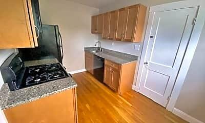 Kitchen, 13 Wordsworth St, 1