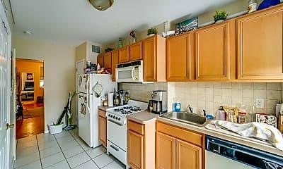 Kitchen, 201 Madison St 3S, 0