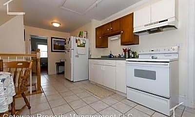 Kitchen, 645 Washington St, 1