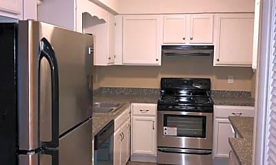 Kitchen, 407 Quail Run, 1
