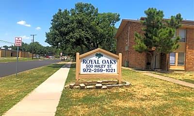 Royal Oaks Apts, 1