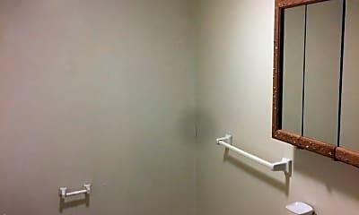 Bathroom, 412 Baltimore St, 2