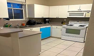 Kitchen, 11481 NW 77th St, 1